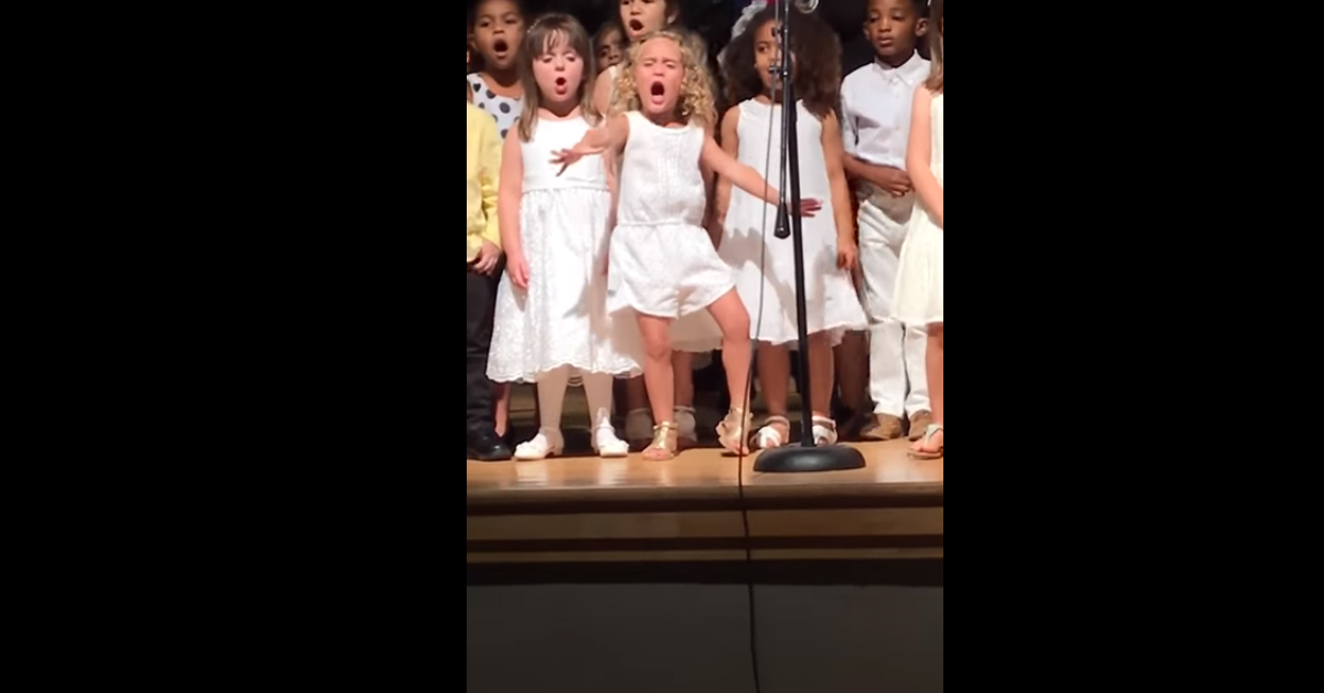 4-Year-Old Owns Moana Performance at Kindy Graduation