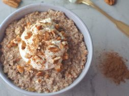 apple-and-cinnamon-porridge
