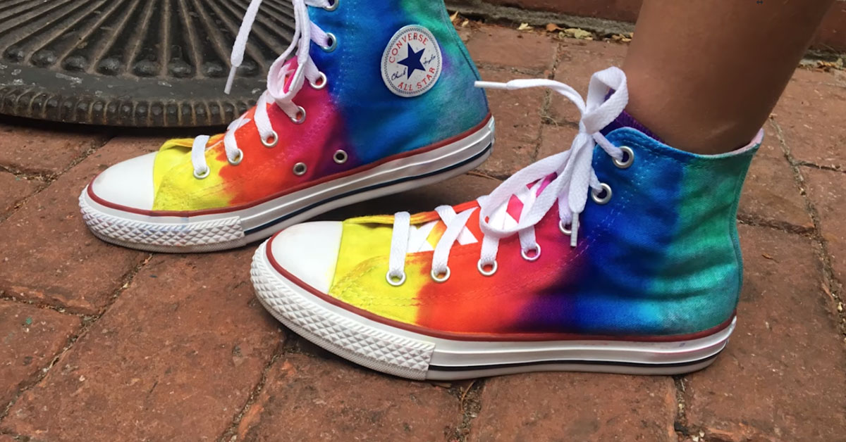 Easily Tie Dye Your Own Sneakers