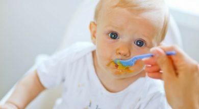 baby eating-2