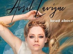 head above water Avril Lavigne-2