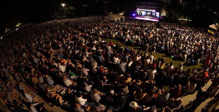 Crowds gather in Brisbane.